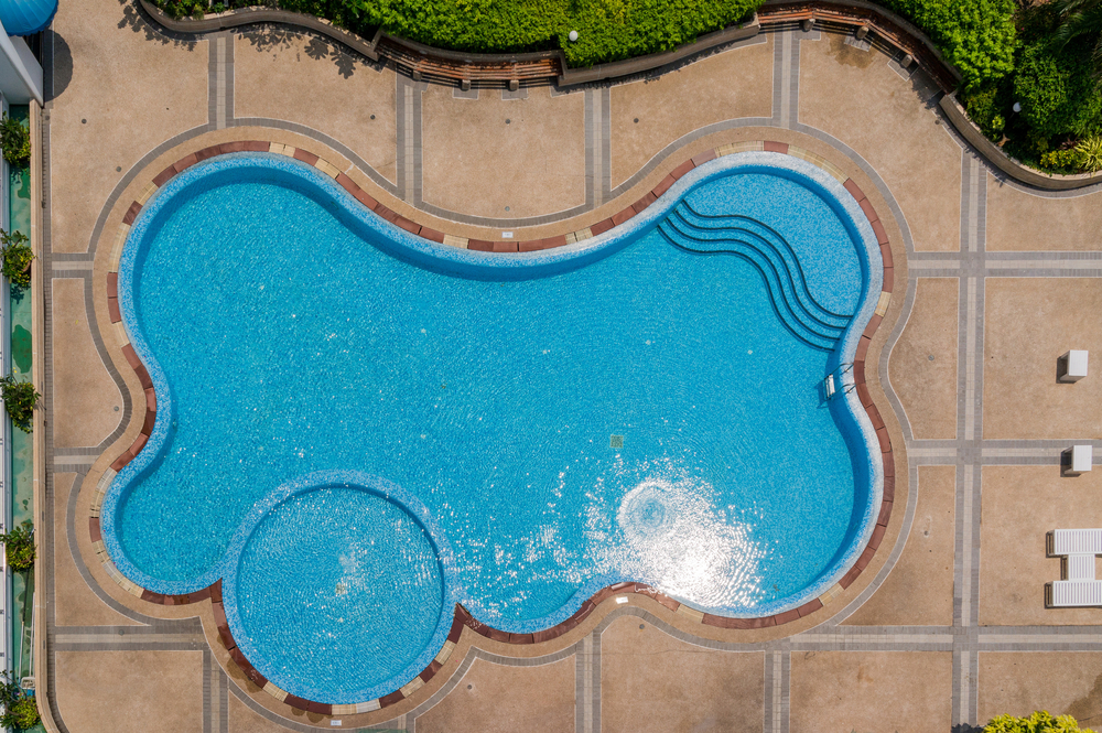 Most popular home swimming pool features mid city pools for Popular swimming pool designs