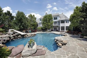 what-landscaping-works-best-for-my-backyard-mid-city-custom-pools