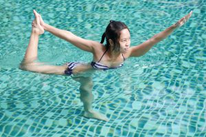 the-benefits-of-aqua-yoga-mid-city-custom-pools