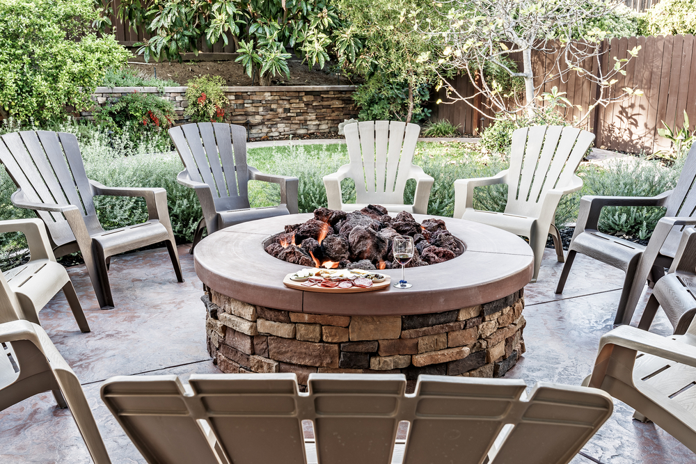 5 Ways To Cozy Up Your Backyard For Fall Mid City Custom