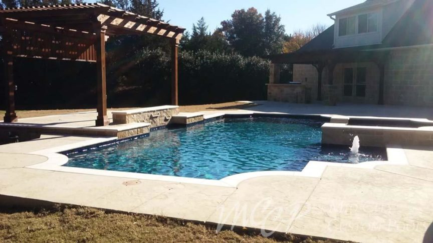 How the Summer Heat Can Affect Your Pool - Mid City Custom Pools